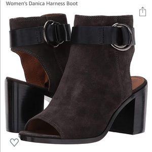NIB! Frye Danica brown suede harness boots sz 8